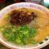 辛高菜のせご飯を食べながらの豚骨ラーメンは幸せすぎる 替玉屋 静岡市清水区