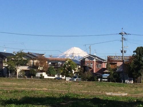 富士山が冠雪