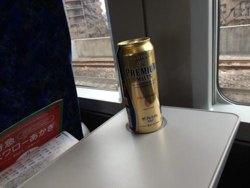 宇都宮線グリーン車でビール