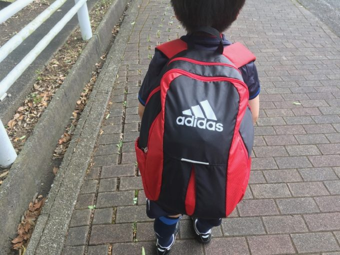 子供用サッカーリュック