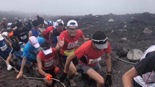 富士登山競走山頂コース 馬返し・五合目関門タイム、ゼッケン番号と完走率の相関